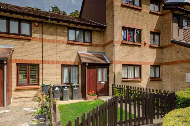 2 Bedrooms House for sale in Mortimer Drive, Enfield, EN1