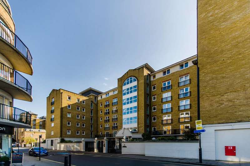 2 Bedrooms Flat for sale in Victoria Wharf, Limehouse, E14