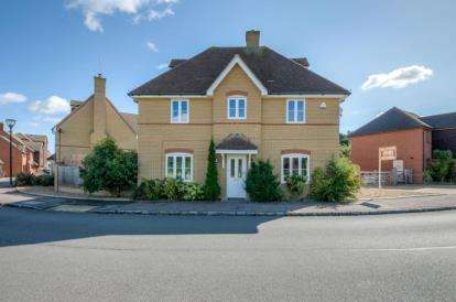 6 Bedrooms Detached House for sale in Ladbroke Grove, Monkston Park, Milton Keynes