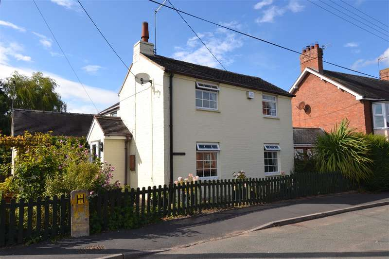 3 Bedrooms Cottage House for sale in Rose Cottage, Cross St, Gnosall
