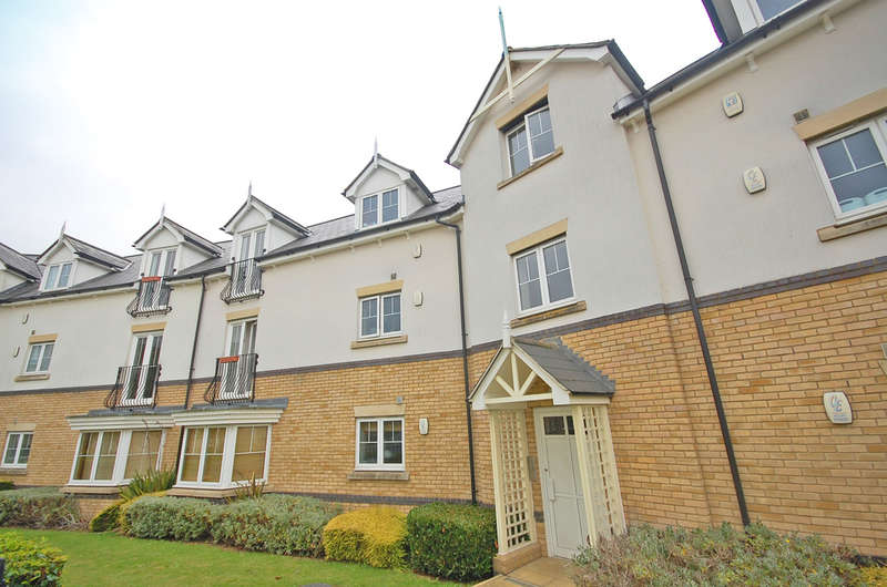 2 Bedrooms Apartment Flat for sale in Shimbrooks, Great Leighs, Chelmsford, CM3