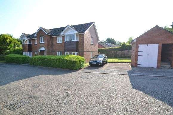 1 Bedroom Flat for rent in Sycamore Close, Bourne End
