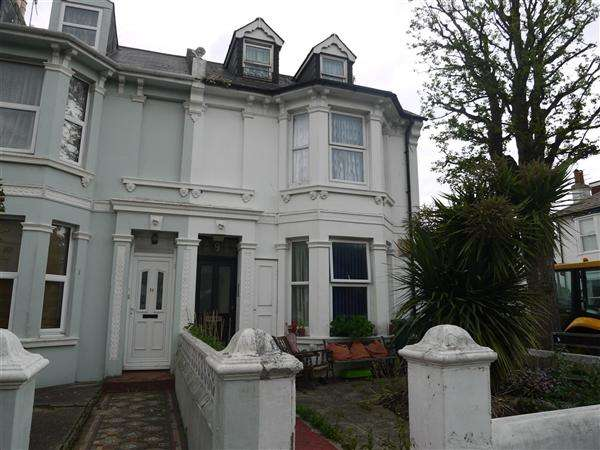 5 Bedrooms End Of Terrace House for sale in Westbourne Gardens, Hove