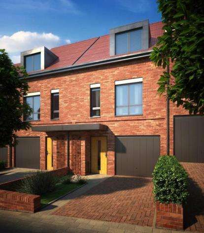 4 Bedrooms Terraced House for sale in Barnes Village, Cheadle