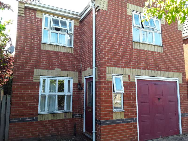 3 Bedrooms Detached House for sale in Fletcher Close, E6 6FT