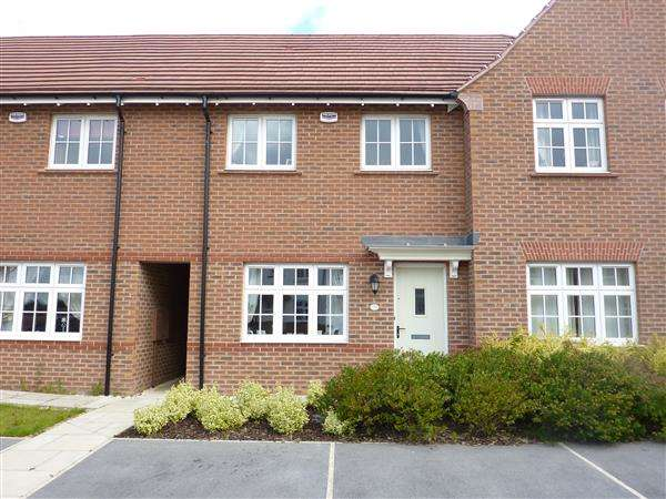 2 Bedrooms Terraced House for sale in SHELDON ROAD, SCARTHO TOP, GRIMSBY