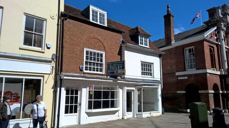 Shop Commercial for rent in 71 - 72 NORTH STREET, CHICHESTER, PO19 1LP, Chichester