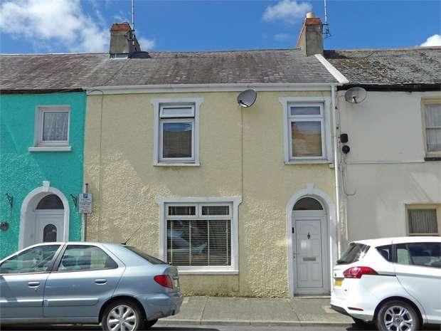 2 Bedrooms Terraced House for sale in Laws Street, Pembroke Dock, Pembrokeshire