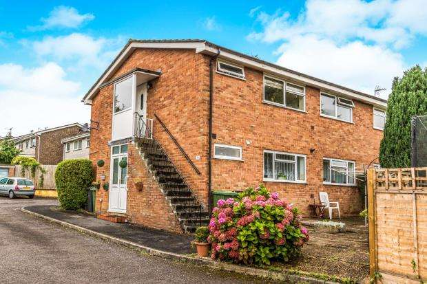 2 Bedrooms House for sale in Alton, Hampshire