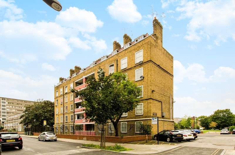 2 Bedrooms Flat for sale in Tenterden House, Elephant and Castle, SE17