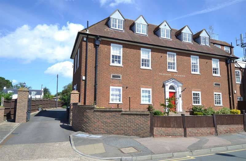 2 Bedrooms Flat for sale in Tankerton Road, Tankerton, Whitstable