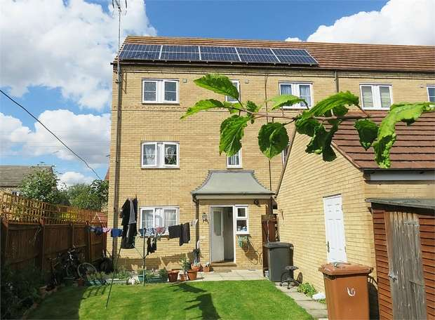 5 Bedrooms Semi Detached House for sale in Baldwin Drive, Peterborough, Cambridgeshire