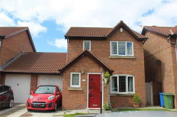 3 Bedrooms Semi Detached House for sale in Verbena Drive, Knott End-on-Sea, Poulton-le-Fylde, Lancashire