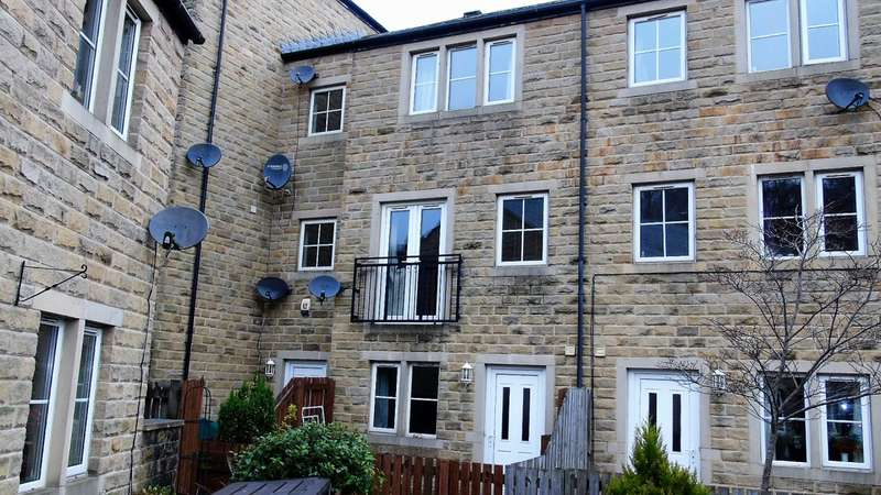 3 Bedrooms Property for sale in Dale Street Todmorden
