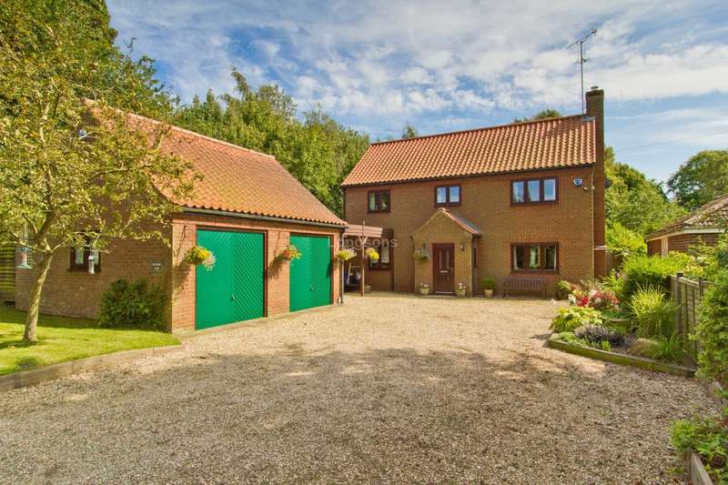 4 Bedrooms Detached House for sale in Back Lane, Castle Acre