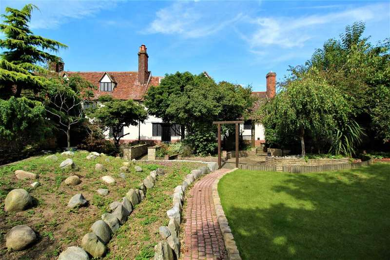 5 Bedrooms House for sale in Cliff Road, Felixstowe