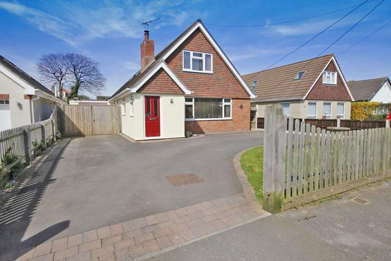 4 Bedrooms Chalet House for sale in Avenue Road, Walkford, Christchurch