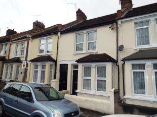 3 Bedrooms Terraced House for sale in James Street, Rochester, Kent