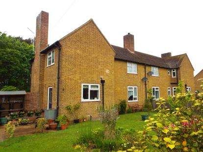 3 Bedrooms Semi Detached House for sale in West Raynham, Fakenham, Norfolk