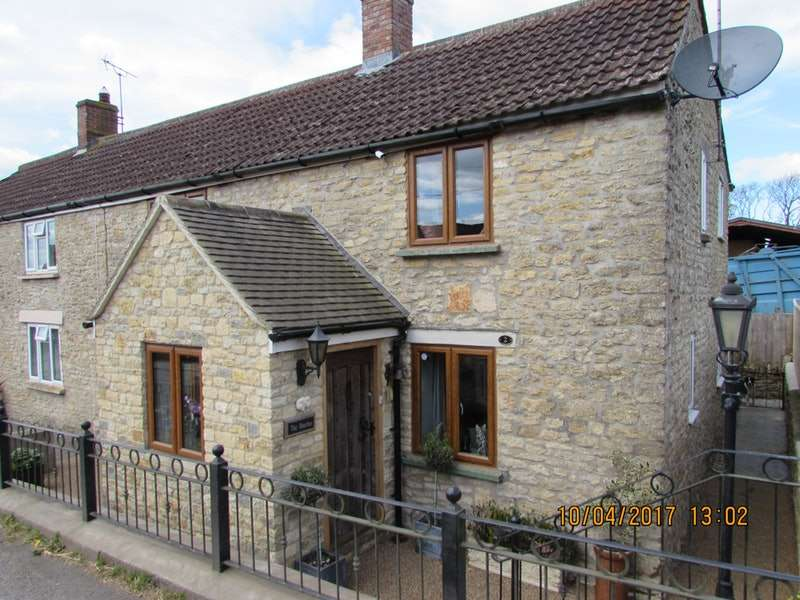 3 Bedrooms Cottage House for sale in Bruton Road Cottages, North Brewham, Somerset, BA10