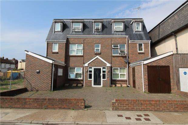 2 Bedrooms Flat for sale in Hampshire, PO1
