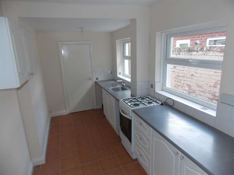 3 Bedrooms Terraced House for sale in Bow St , Middlesbrough, TS1 4BT