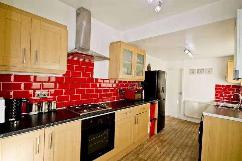 2 Bedrooms Terraced House for sale in Wicklow Street, Middlesbrough, TS1 4RG