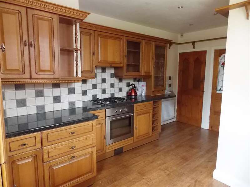 3 Bedrooms End Of Terrace House for sale in Flora Street, Eston, Middlesbrough,TS6 9QP