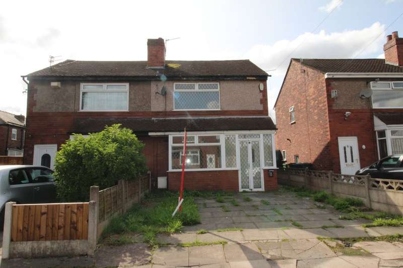 3 Bedrooms Semi Detached House for sale in May Avenue, Leigh, WN7