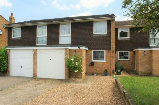 4 Bedrooms Terraced House for sale in Pleasant Place, Hersham, WALTON-ON-THAMES, Surrey