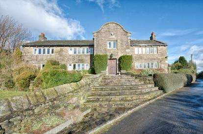 4 Bedrooms Detached House for sale in Knott Hill Lane, Delph, Saddleworth, Greater Manchester
