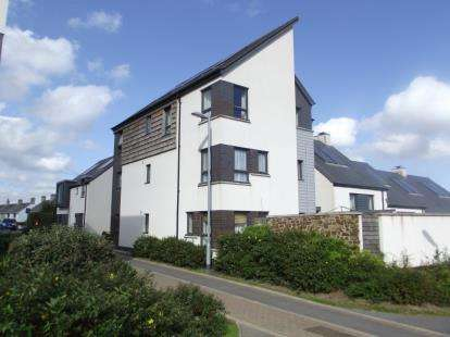 2 Bedrooms Flat for sale in Bodmin, Cornwall, .