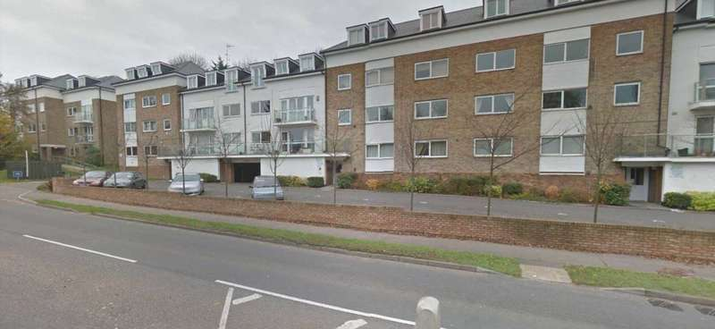 1 Bedroom Flat for sale in Brook Court, Radlett