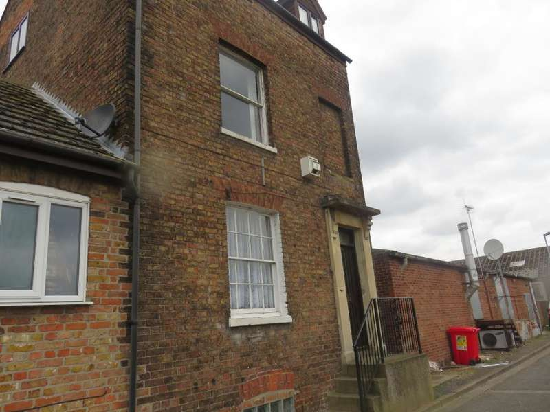 1 Bedroom Flat for sale in Anchor View, Wisbech, Cambridgeshire, PE13 1QD