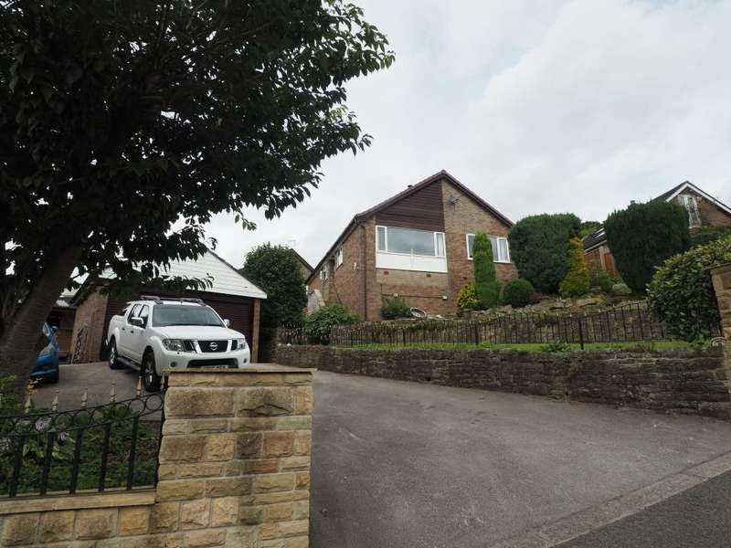 3 Bedrooms Detached Bungalow for sale in Craig Drive, Whaley Bridge, High Peak, Derbyshire, SK23 7LD