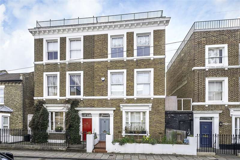 4 Bedrooms Semi Detached House for sale in Wadham Road, London, SW15