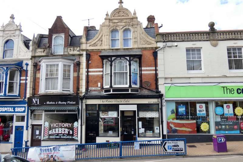3 Bedrooms Retail Property (high Street) Commercial for sale in High Street, Ilfracombe, Devon, EX34