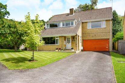 5 Bedrooms Detached House for sale in Parklands, Wotton-under-Edge, Gloucestershire