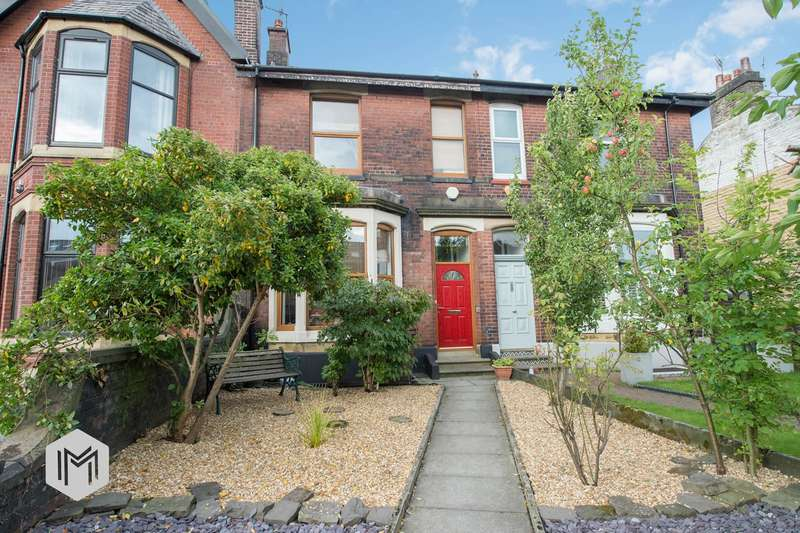 4 Bedrooms Terraced House for sale in Tottington Road, Bury, BL8