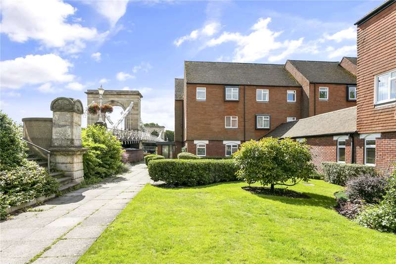 1 Bedroom Flat for sale in Tierney Court, Riverside, Marlow, Buckinghamshire, SL7