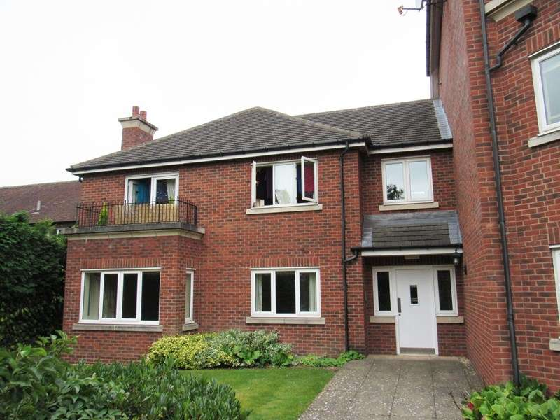 1 Bedroom Flat for sale in Kenilworth Road, Balsall Common, Coventry