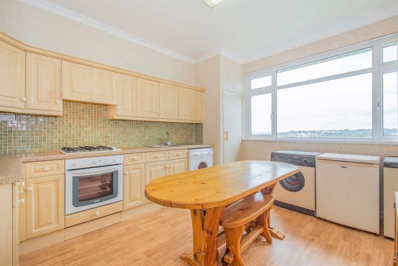 2 Bedrooms Flat for sale in Kennerleigh Road, Cardiff
