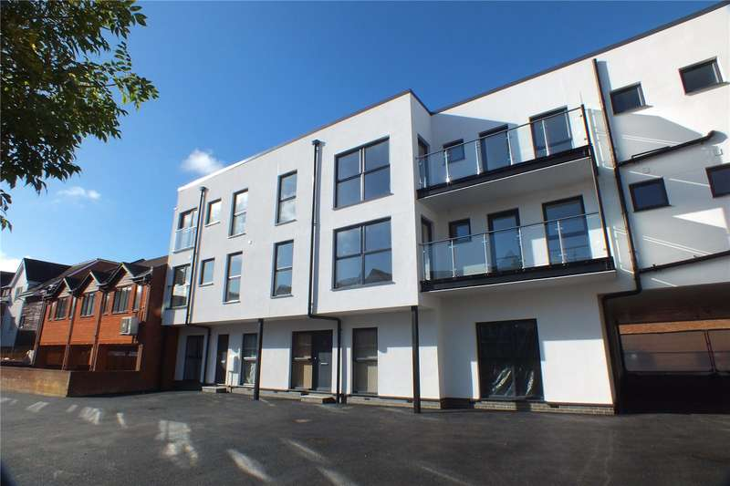 2 Bedrooms Flat for sale in Church Road, Fleet, GU51