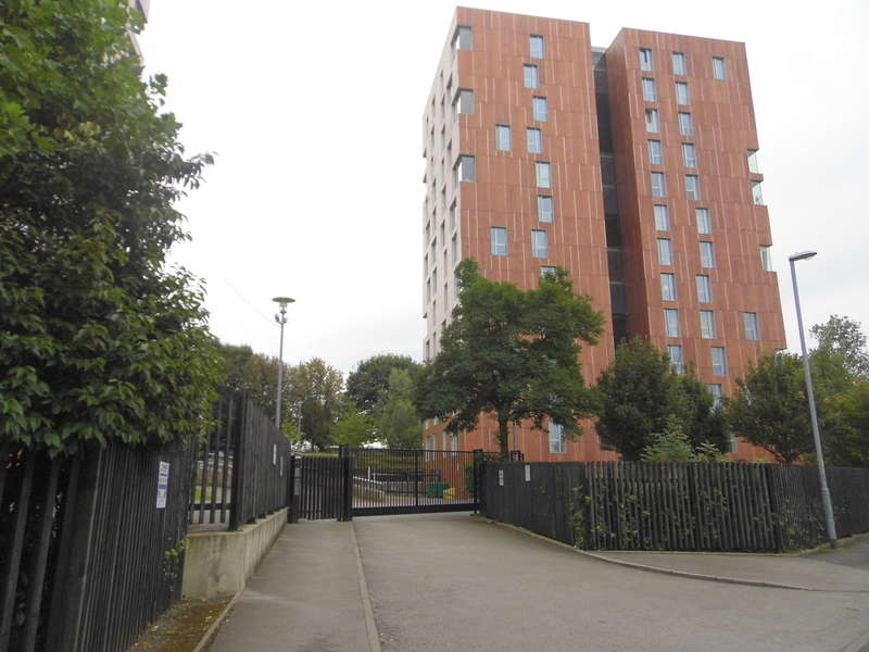 1 Bedroom Flat for sale in Sylvia, Dalton Street, Manchester,M40