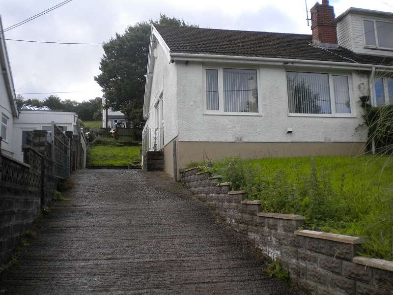 2 Bedrooms Property for sale in 124 Rhyddwen Road, Craig-cefn-parc, Swansea, City And County of Swansea. SA6 5RG