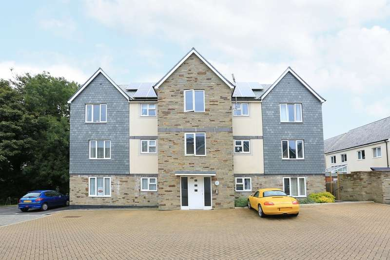2 Bedrooms Flat for sale in Roborough, Plymouth