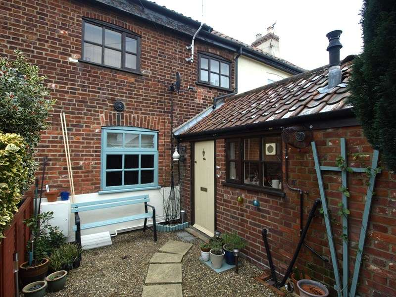 Terraced House for sale in North Walsham Road, Norwich