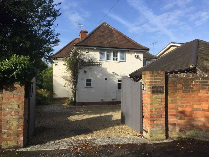 5 Bedrooms Detached House for sale in Caversham