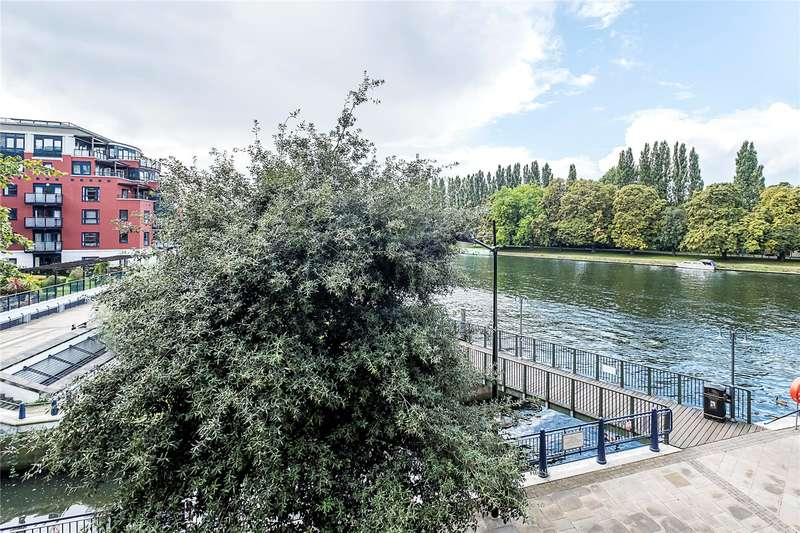 3 Bedrooms Flat for sale in Stevens House, Jerome Place, Kingston upon Thames, KT1