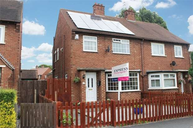 3 Bedrooms Semi Detached House for sale in The Close, Cottingham, East Riding of Yorkshire